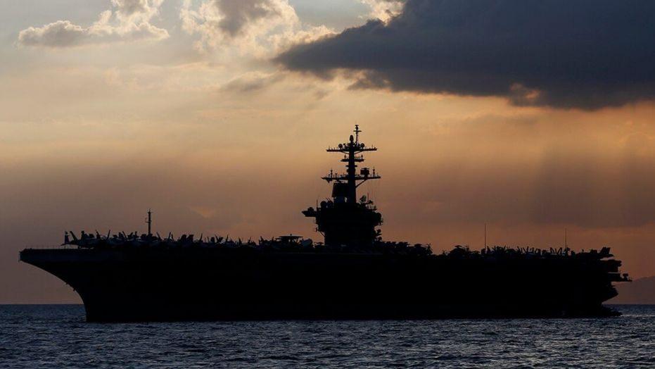 Tàu sân bay Mỹ hoạt động trở lại ở Biển Đông khi Trung Quốc lợi dụng đại dịch tăng cường quấy rối các tàu, máy bay Mỹ và đồng minh - Ảnh: Fox News