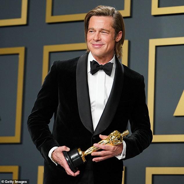 Diễn viên Brad Pitt tại Oscar 2020.