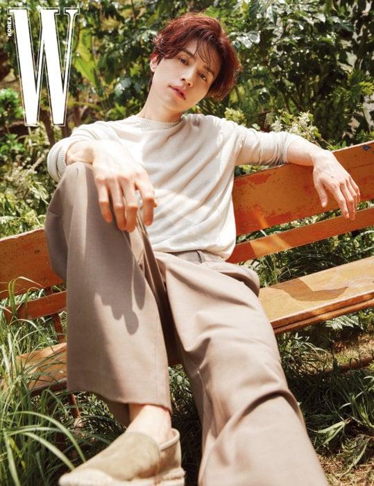 Lee Dong Wook hạnh phúc hơn khi biết cách tự chăm sóc bản thân.