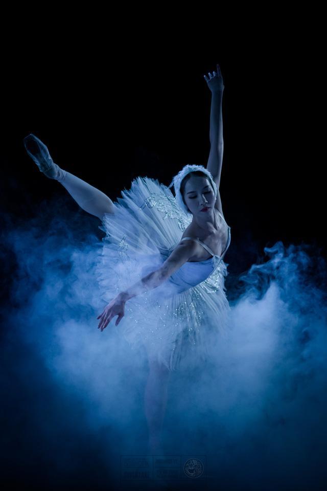Vì COVID-19, vở ballet Hồ Thiên Nga phải hoãn kế hoạch lưu diễn toàn quốc một cách vô thời hạn