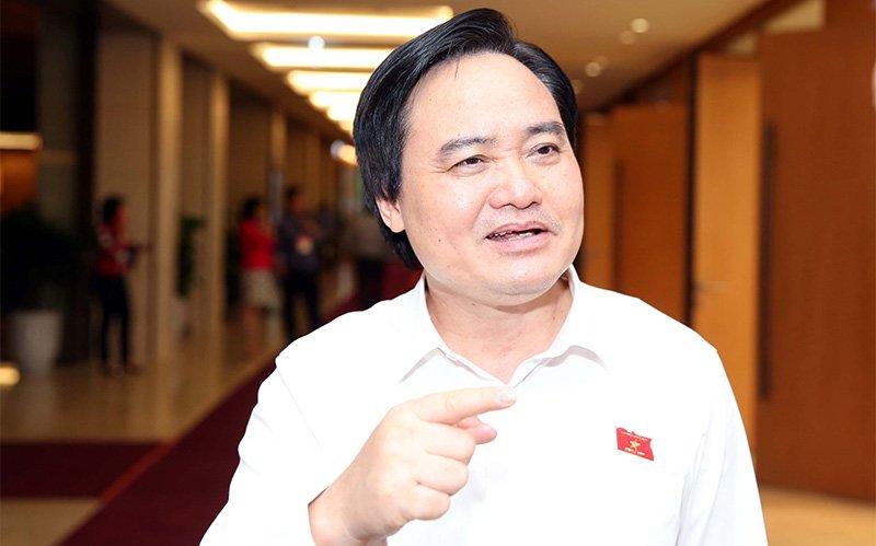 Bộ trưởng Nhạ cho rằng, Chủ tịch tỉnh kiêm Hiệu trưởng trường Đại học chỉ nên là tình huống trước mắt