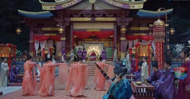 Phim Thịnh Đường huyễn dạ cũng gây xôn xao khi nhã nhạc cung đình Huế xuất hiện trong tập 9