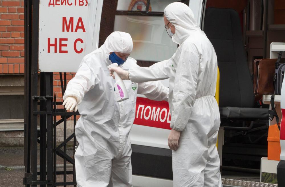 WHO cảnh báo đỉnh dịch thứ hai có khả năng trùng đợt cúm mùa