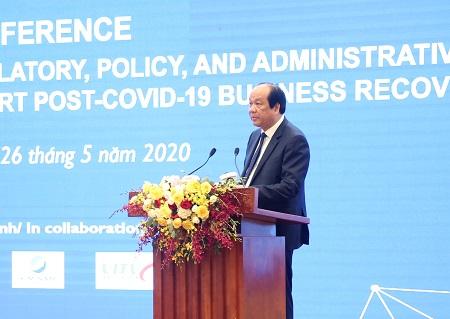 Bộ trưởng, Chủ nhiệm VPCP Mai Tiến Dũng phát biểu tại hội nghị.