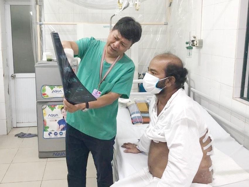Người đàn ông quốc tịch Sri Lanka nhập viện vì bệnh hậu bối