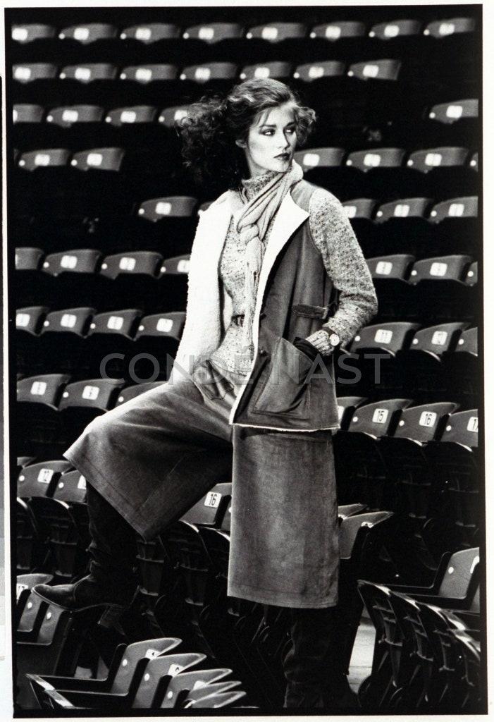 Người mẫu trong một chiếc culottes trong tạp chí Vogue tháng 9/1977
