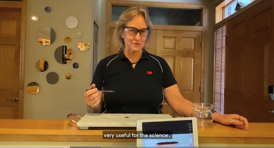 Science at Home của 3M bao gồm chuỗi video hướng dẫn thực hiện các thí nghiệm khoa học đơn giản tại nhà dành cho trẻ em