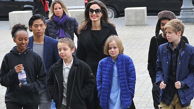 Angelina Jolie đang san sẻ trách nhiệm nuôi con với chồng cũ - Brad Pitt.