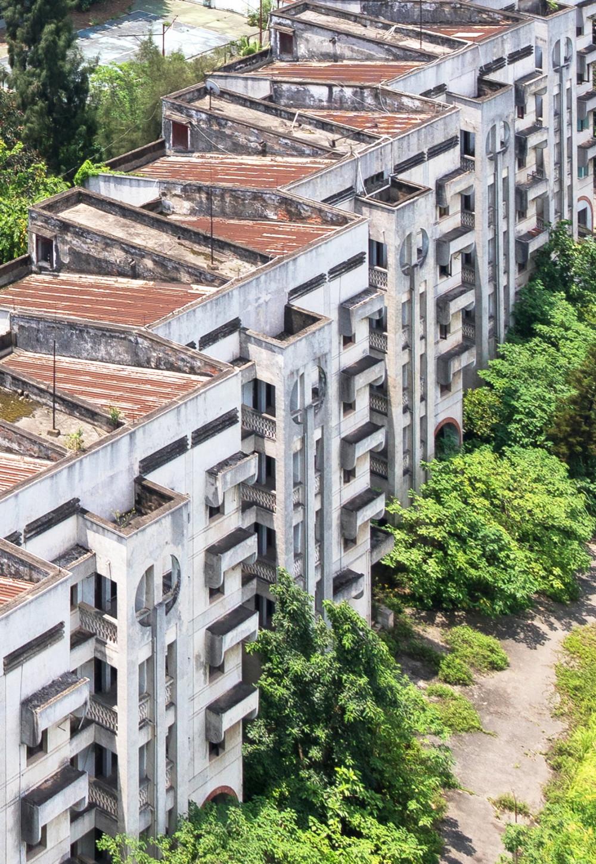 Một kiến trúc theo phong cách hiện thực xã hội chủ nghĩa - Ảnh: Triệu Chiến