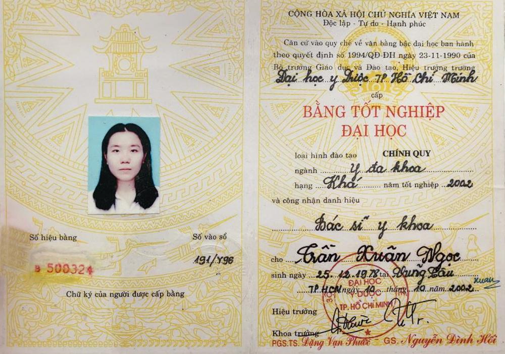 Bằng tốt nghiệp đại học y đa khoa giả của bà Trần Xuân Ngọc - Ảnh: Gia Huy