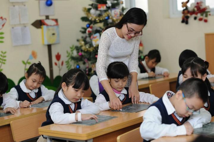 Sẽ có 3 chính sách mới về lương và tuyển dụng ảnh hưởng đến mọi giáo viên kể từ ngày 1/7/2010