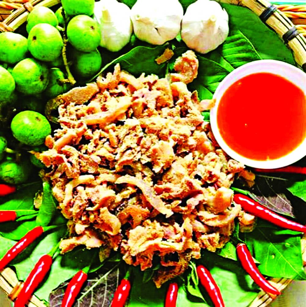Món thịt chua trứ danh của các tỉnh miền núi phía Bắc - Ảnh: nhà hàng Mộc Châu