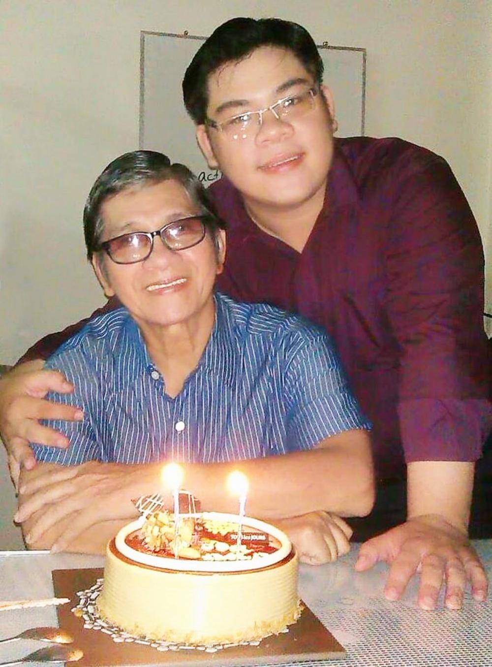 Cố NSƯT Phương Quang và con trai Quang Bảo