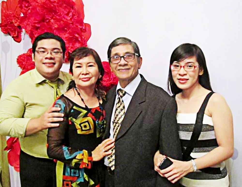 Cố NSƯT Phương Quang cùng tổ ấm yêu thương