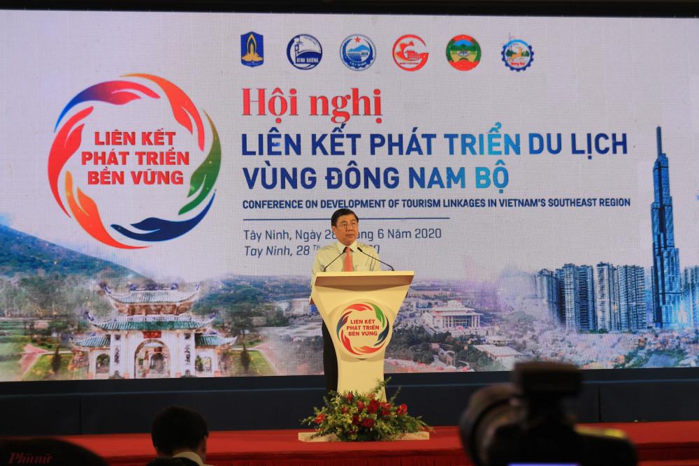 Chủ tịch TP.HCM - Nguyễn Thành Phong phát biểu tại hội nghị