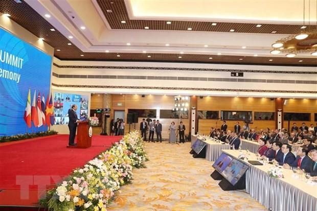 Thủ tướng Nguyễn Xuân Phúc, Chủ tịch ASEAN 2020 phát biểu khai mạc Hội nghị Cấp cao ASEAN lần thứ 36. (Ảnh: Trọng Đức/TTXVN)