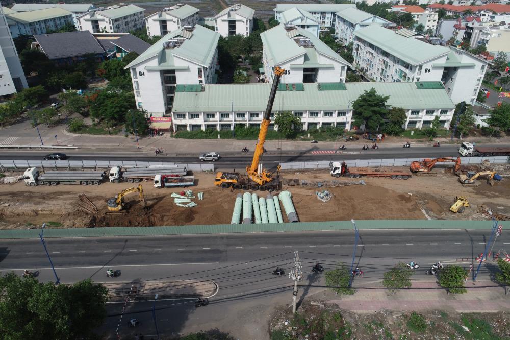 Công trình đang tiếp tục được triển khai với tiến độ khẩn trương.