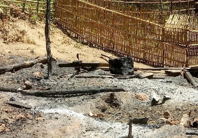 Lán trại giữa rừng của hai vợ chồng chị T. bị thiêu rụi