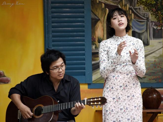 Hoàng Trang và Nguyễn Đông sẽ tham gia đêm nhạc Những câu chuyện kể.