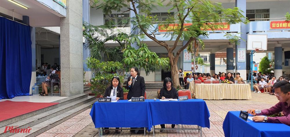 Luật sư Trần Thị Ngọc Nữ tham gia bào chữa cho bị cáo.