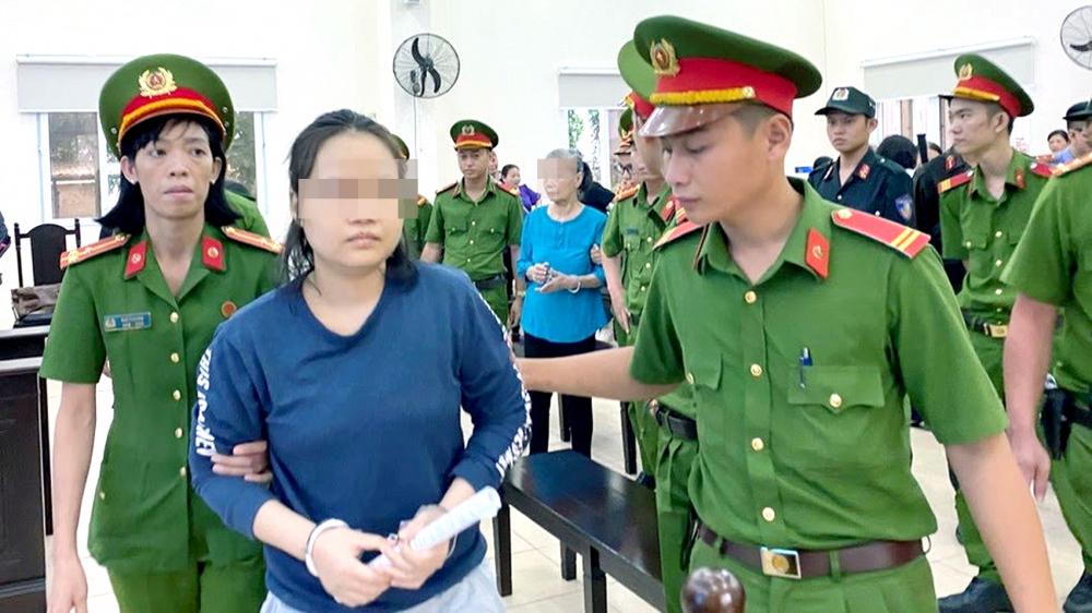 """Phạm Thị Thiên Hà khai nhận hành vi chủ mưu giết người nhưng từ chối trả lời """"có hối hận về hành vi phạm tội không"""""""