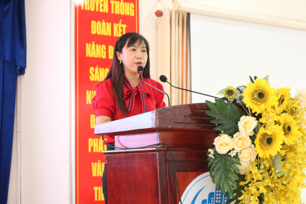Bà Phạm Vũ Diễm Linh - Phó chủ tich Hội LHPN quận Bình Tân - thông tin về mục tiêu của mô hình.