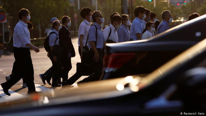 Dù số ca lây nhiễm liên tục tăng, Tokyo vẫn tiếp tục duy trì hoạt động kinh doanh và chưa có kế hoạch giãn cách xã hội.