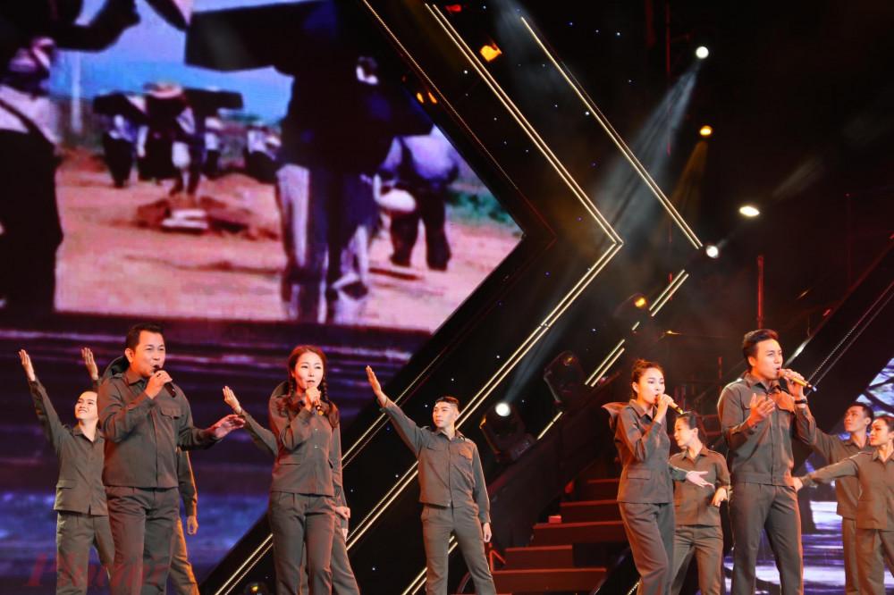 4 ca sĩ: Thanh Hương, Dương Quốc Sử, Lưu Hiền Trinh, Thuỳ Trinh hoà giọng với ca khúc Tình ca tuổi trẻ