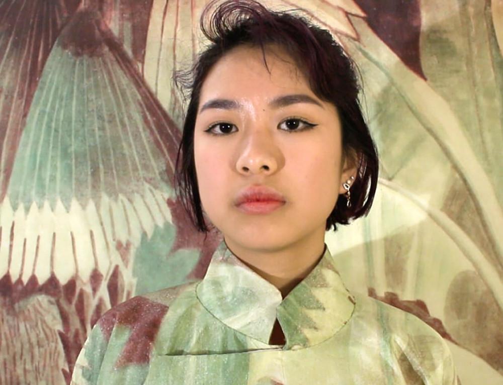"""Với Khuất dạng, Hương Ngô đã làm một cú """"khai đào"""" về giá trị của người phụ nữ trong quá khứ - Ảnh: THE FACTORY"""
