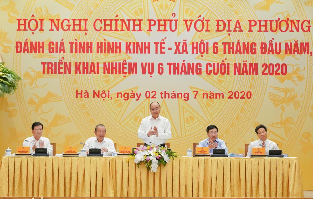 Thủ tướng Nguyễn Xuân Phúc phát biểu tại hội nghị.(Ảnh: VGP)