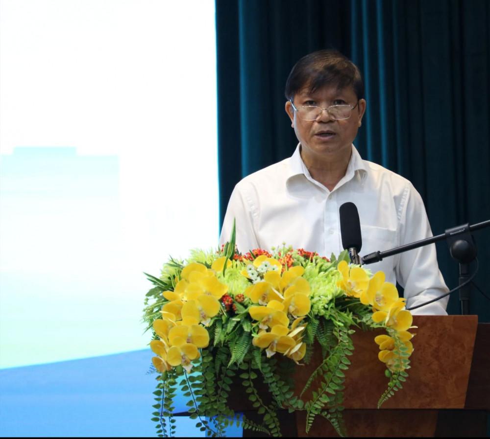 Ông Nguyễn Thành Phương - Phó chủ tịch UBND Q.Phú Nhuận thông tin về kết quả 10 năm thực hiện chương trình, đồng thời gửi lời cảm ơn đến người dân tham gia hiến đất