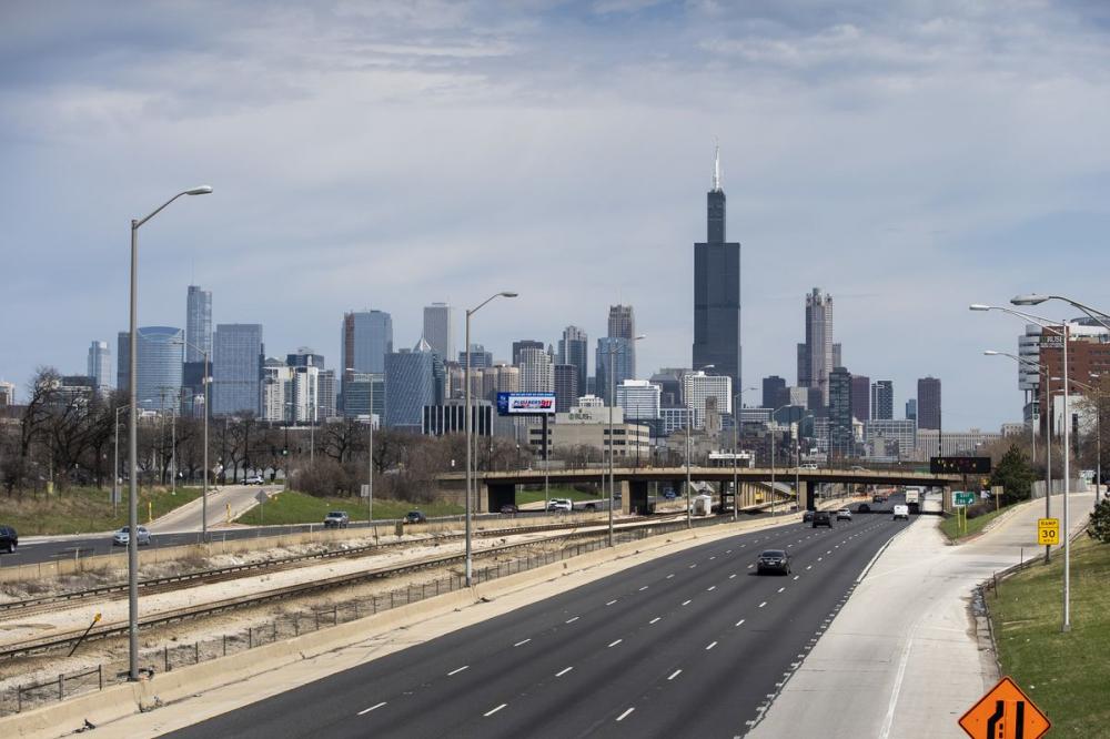 Chicago cách ly 2 tuần du khách đến từ các tiểu bang có tỷ lệ cao lây nhiễm COVID-19