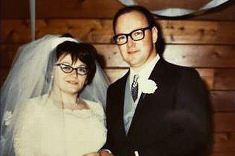 Ảnh cưới của Curtis và Betty. Ảnh CNN