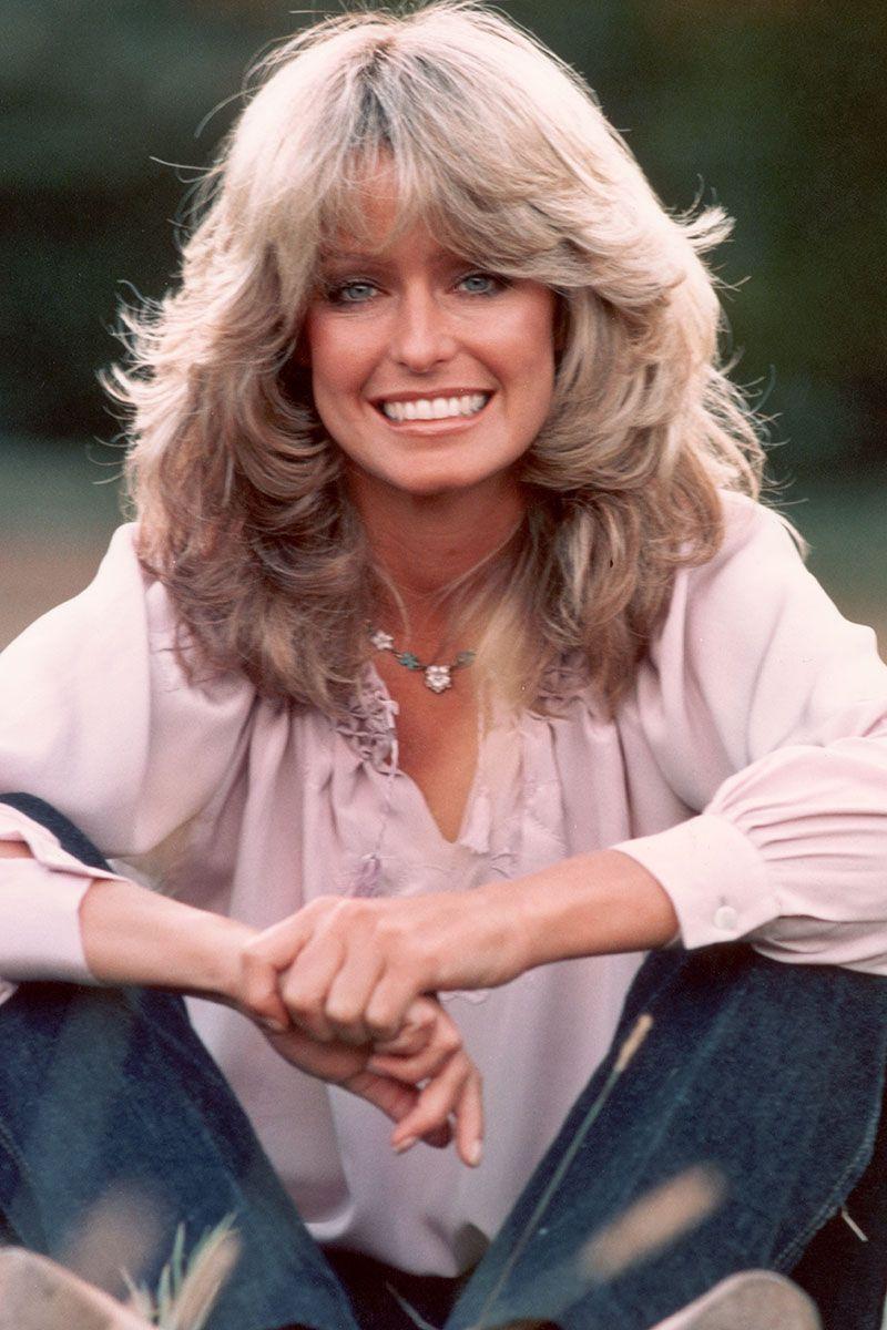 Farrah Fawcett là một trong những biểu tượng có ảnh hưởng nhất trong thập niên 1970. Một ảnh chân dung của cô được chú ý với sự kết hợp giữa áo kiểu tay phồng, quần jean xanh dương sẫm và mái tóc gắn liền với hình ảnh của cô.