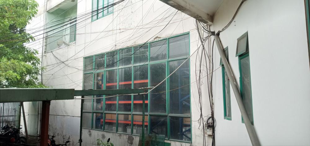 Khu vực dây điện chằng chịt được người dân phản ánh nhiều lần.