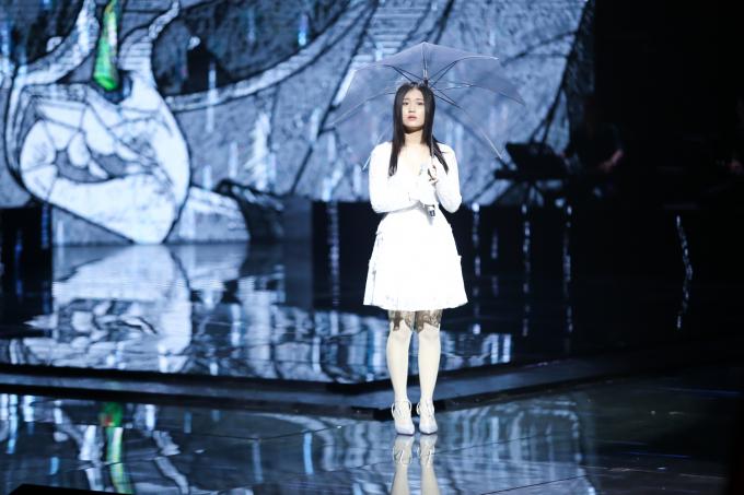 Han Sara là ca sĩ mang hai dòng máu