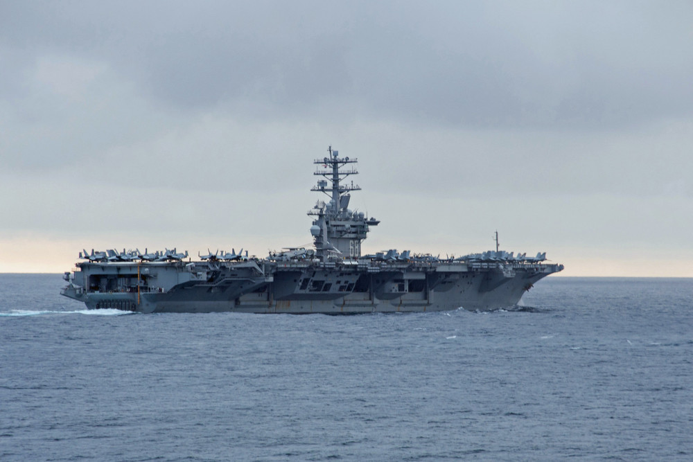 Tàu sân bay USS Nimitz hiện đang tập trận tại Biển Đông.