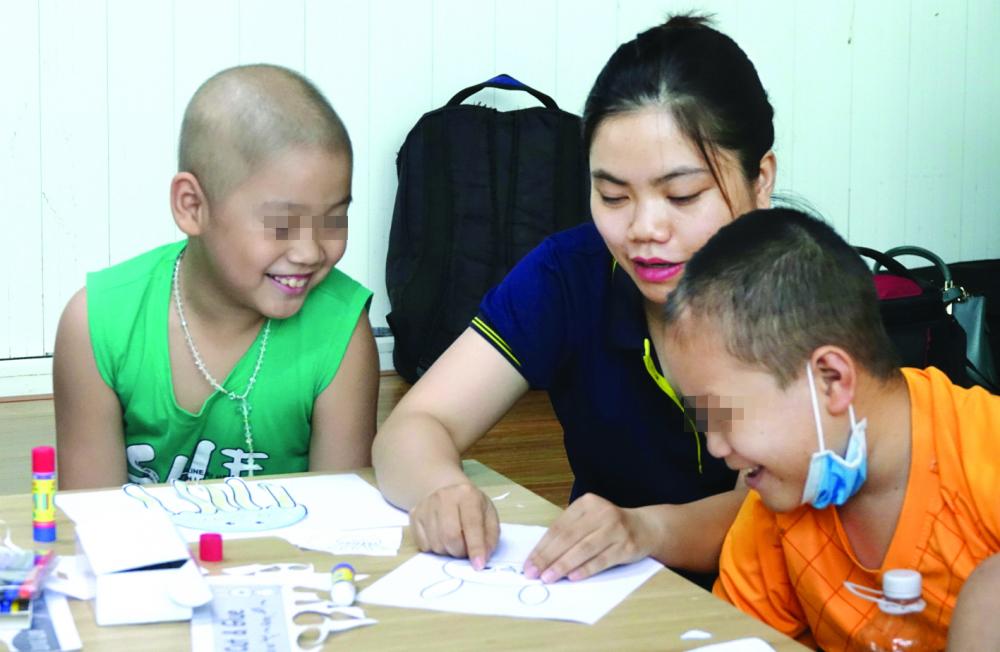 Được đến lớp học Hạnh phúc bé nào cũng vui và lan tỏa niềm vui đến mọi người xung quanh