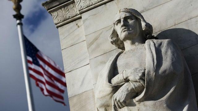 Bức tượng thuộc sở hữu của thành phố và được cố Tổng thống Ronald Reagan cùng cựu Thị trưởng William Donald Schaefer khai trương năm 1984