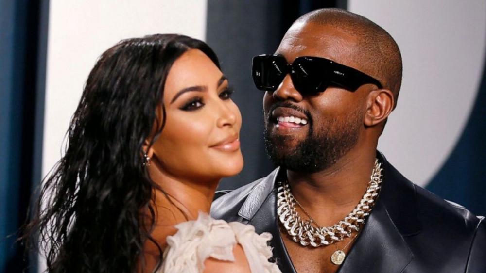 Nam rapper Kanye West và vợ.