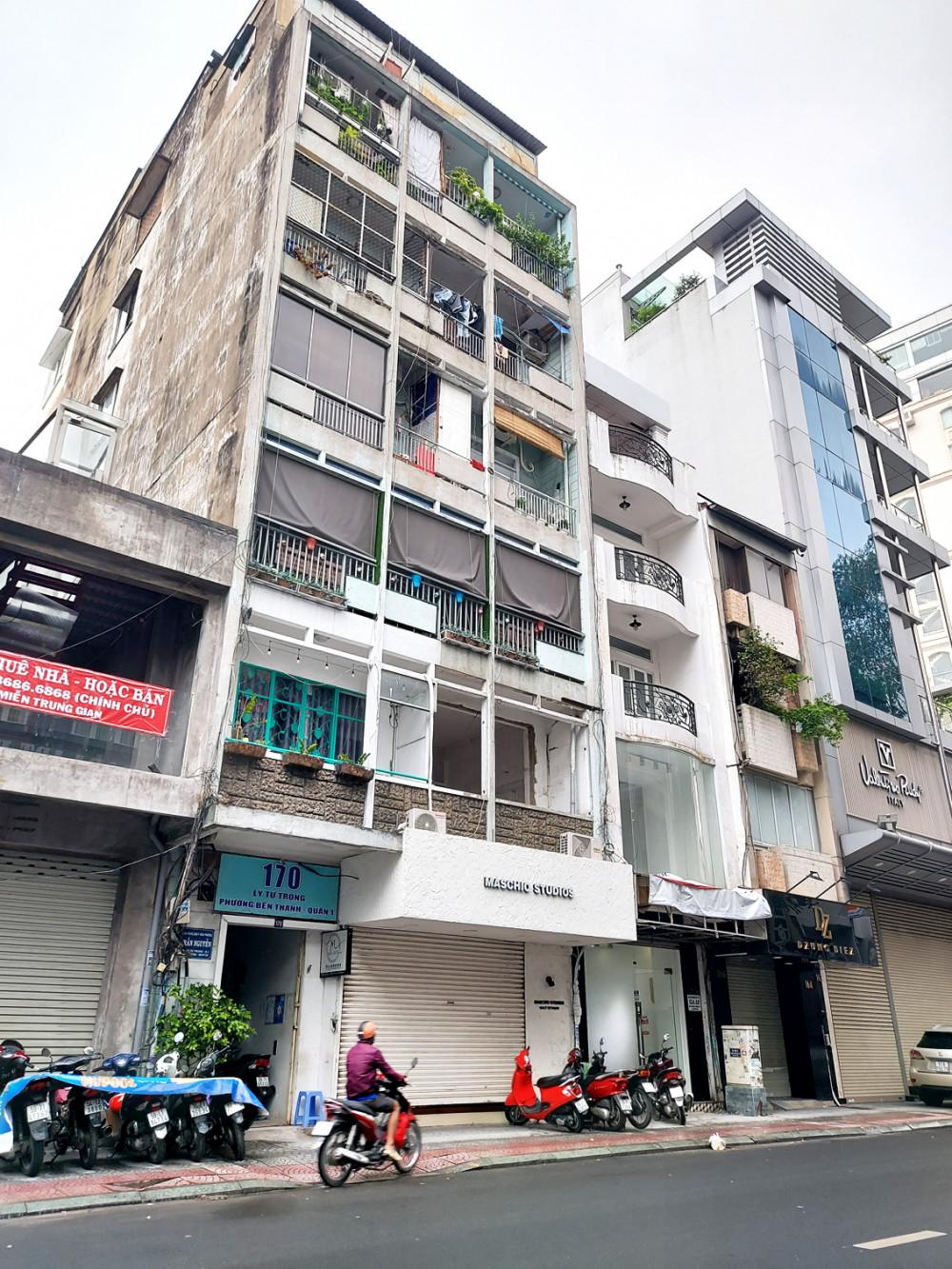 Chung cư 170 Lý Tự Trọng bị lấn chiếm tầng 7 (sân thượng chung) để làm nhà riêng