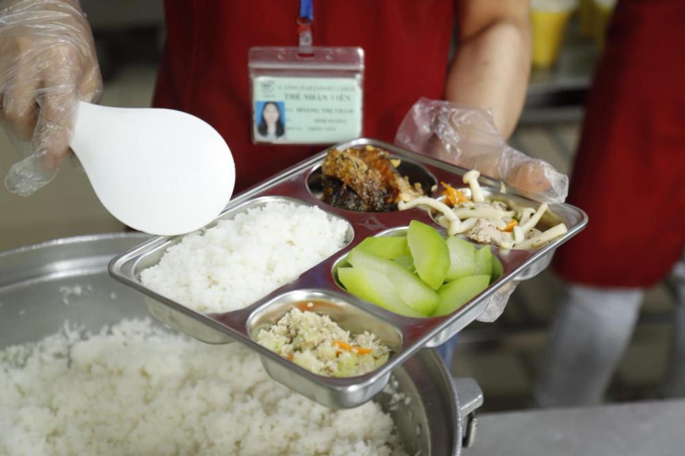 Một bữa cơm đủ dinh dưỡng của bệnh nhân ung thư