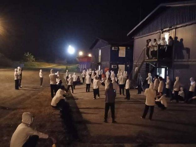 Các công nhân Việt Nam còn mắc kẹt tại Guine Xích đạo.
