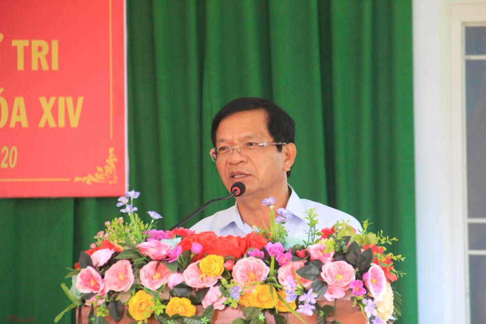 Ông Lê Viết Chữ tiếp xúc cử tri huyện Sơn Tây với tư cách Trưởng đoàn ĐBQH tỉnh Quảng Ngãi vào cuối tháng 6/2020