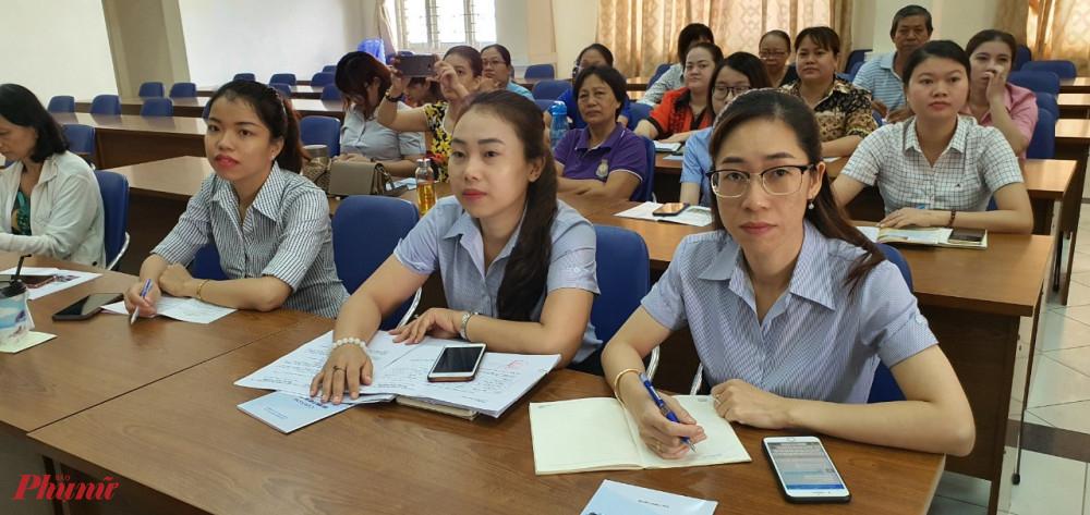 70 người là cán bộ hội viên phụ nữ và người dân có nhu cầu tham gia hợp tác xã tham gia hội nghị.