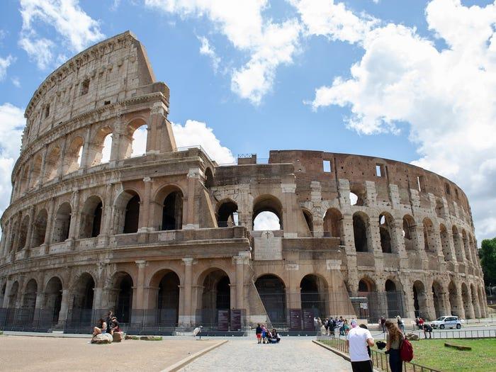 Đấu trường La Mã vẫn thưa vắng khách tham quan
