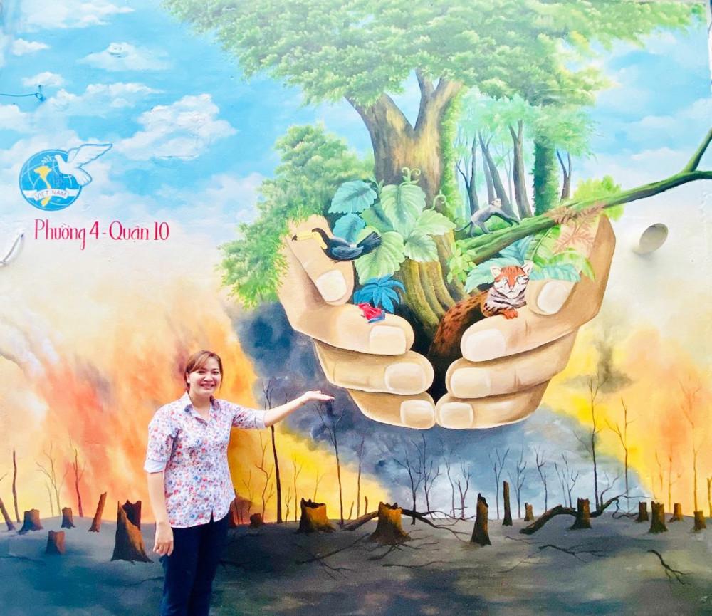 Bức tranh vẽ trên tường tại hẻm 113A Vĩnh Viễn, Q.10