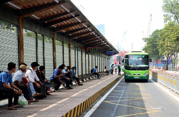 với mức giá vé từ 30.000 đến 40.000 đồng/lượt, đi cùng với chất lượng dịch vụ phù hợp, các tuyến xe buýt nhỏ BusGo đề xuất sẽ đảm bảo tính cạnh tranh, không ảnh hưởng đến các tuyến xa buýt hiện hữu mà còn giúp tăng kết nối và mở rộng độ bao phủ của mạng lưới tuyến xe buýt.