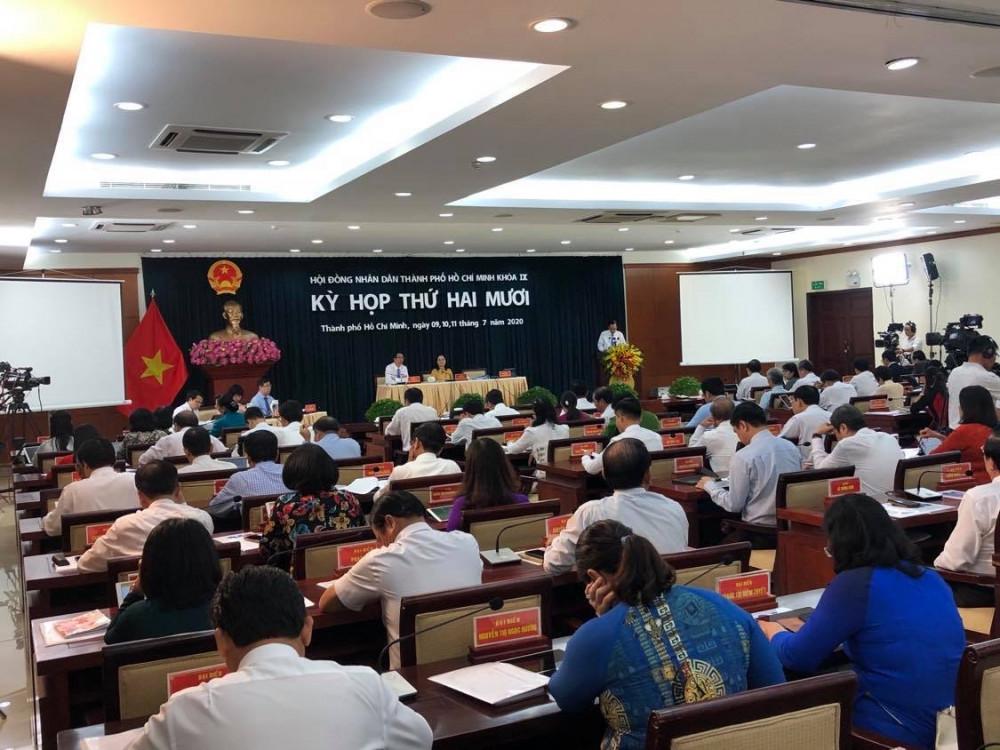 Kỳ họp thứ 20 HĐND TPHCM khóa IX ngày khai mạc 9/7. Ảnh: Quốc Ngọc