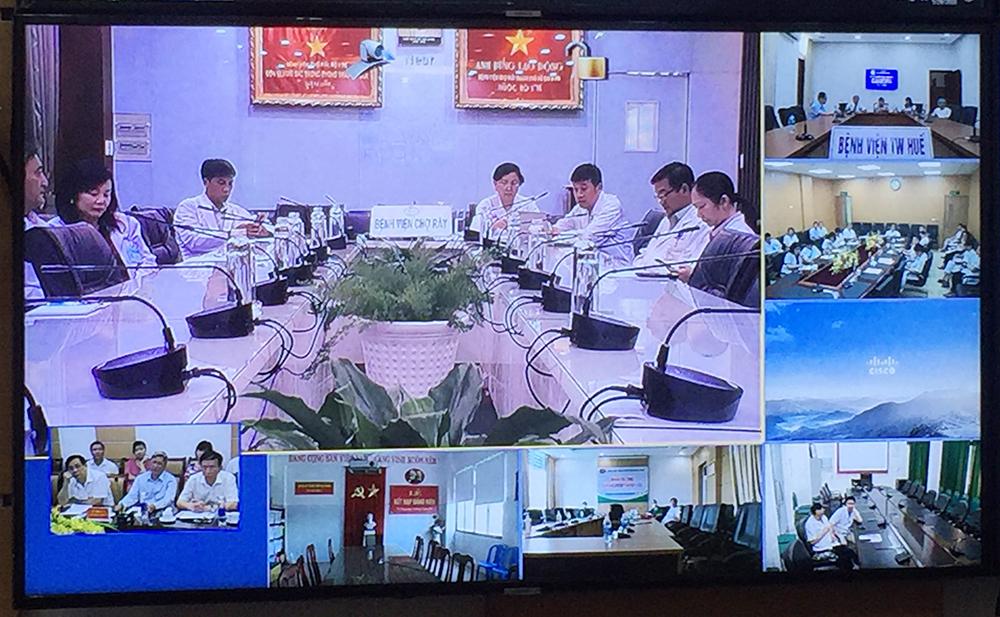 Để tìm ra phương pháp điều trị tốt nhất cho bệnh nhân, Ban chỉ đạo quốc gia phòng chống dịch COVID-19 đã nhiều lần hội chẩn liên quốc gia giữa các bệnh viện tại Việt Nam, các phương án được đặt ra như ghép phổi, chuyển bệnh nhân sang Bệnh viện Chợ Rẫy TPHCM tiếp tục điều trị.